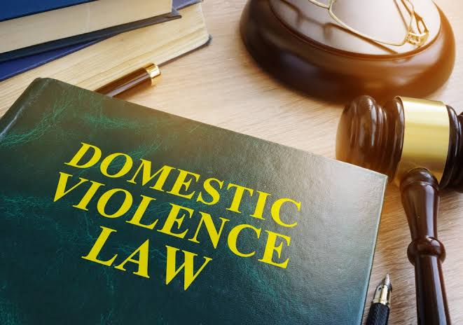 3 Signs of Domestic Abuse